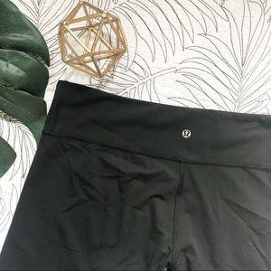 Lululemon size 12 capri leggings